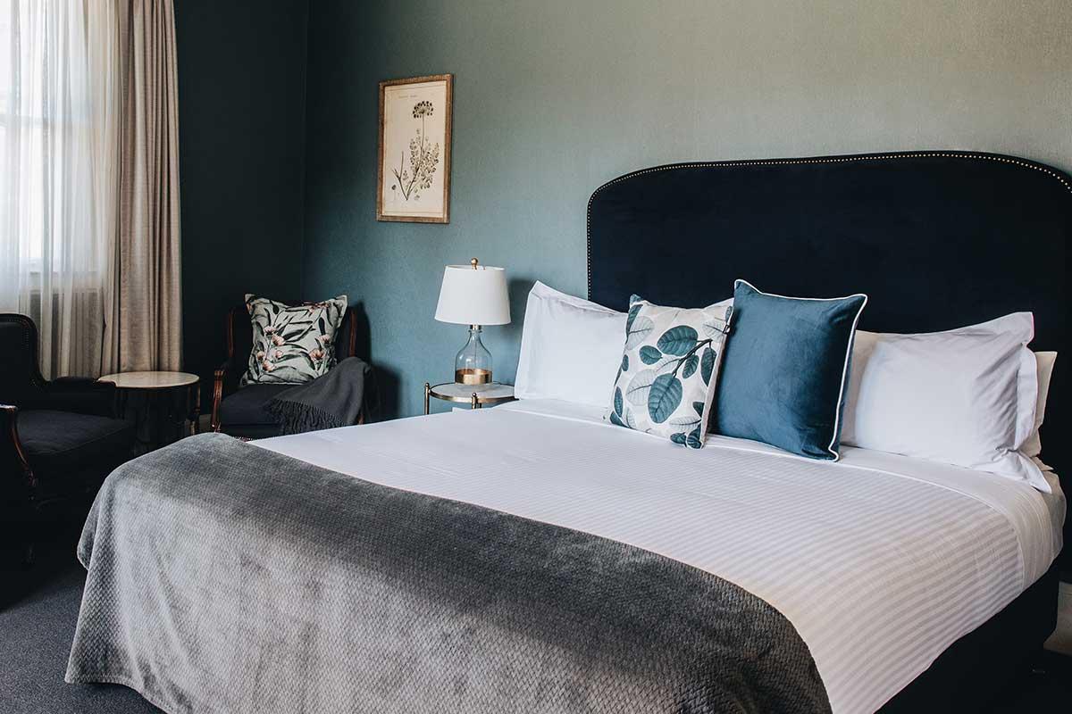 Luxury accommodation Bowral, Classic King, Berida Hotel