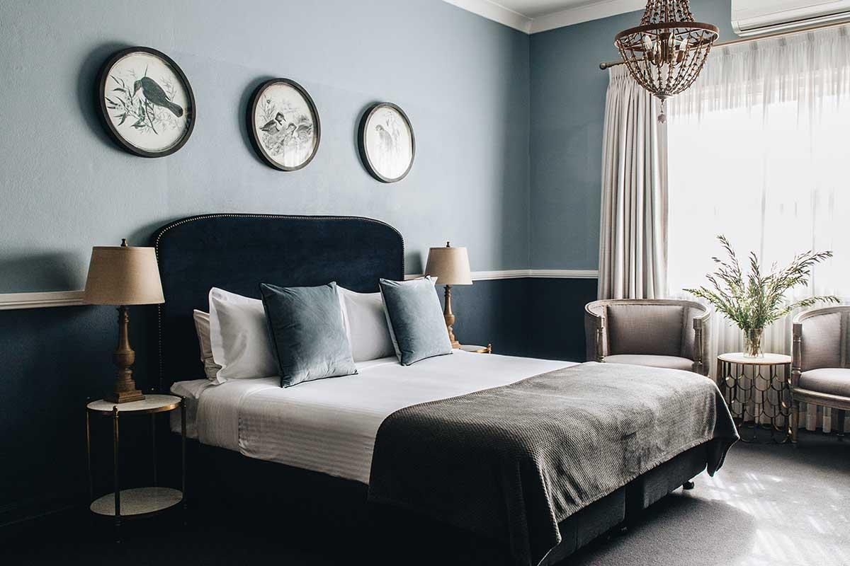 Luxury accommodation Bowral, Deluxe King, Berida Hotel