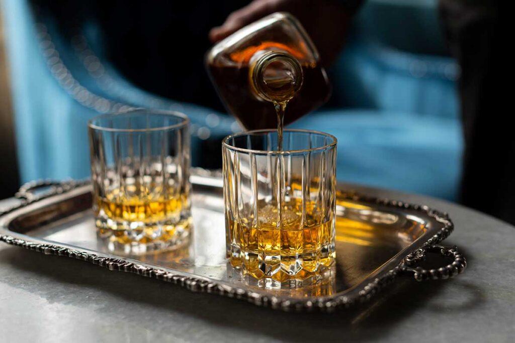Aspinalls Whisky Bar and Lounge, Berida Hotel, Bowral